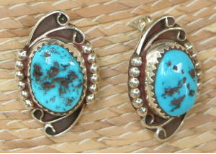 Classic Navajo Turquoise Earring
